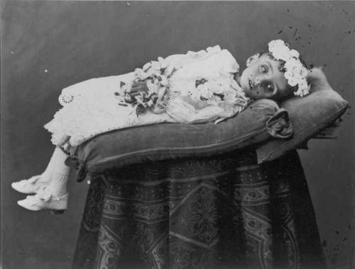 dead people photos 19th century