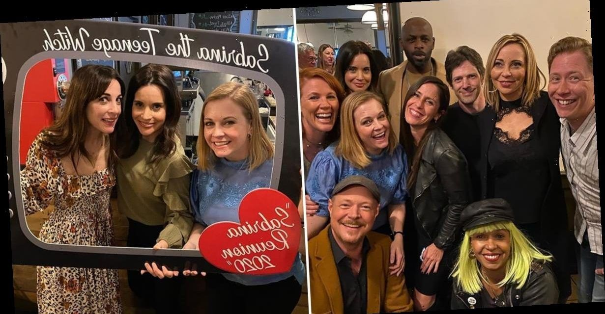 Melissa Joan Hart Threw A Reunion Party For The Cast And Crew Of Sabrina The Teenage Witch Select from premium lindsay sloane of the highest quality. melissa joan hart threw a reunion party