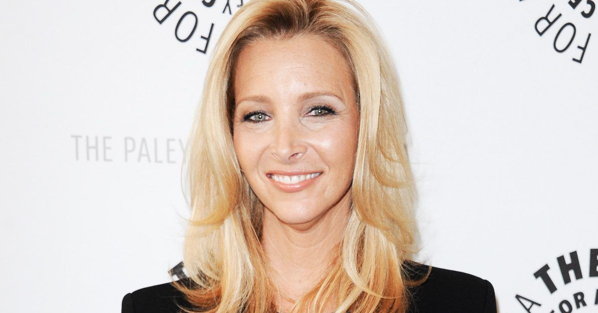 Here's Why Lisa Kudrow Is The Smartest 'Friends' Cast Member