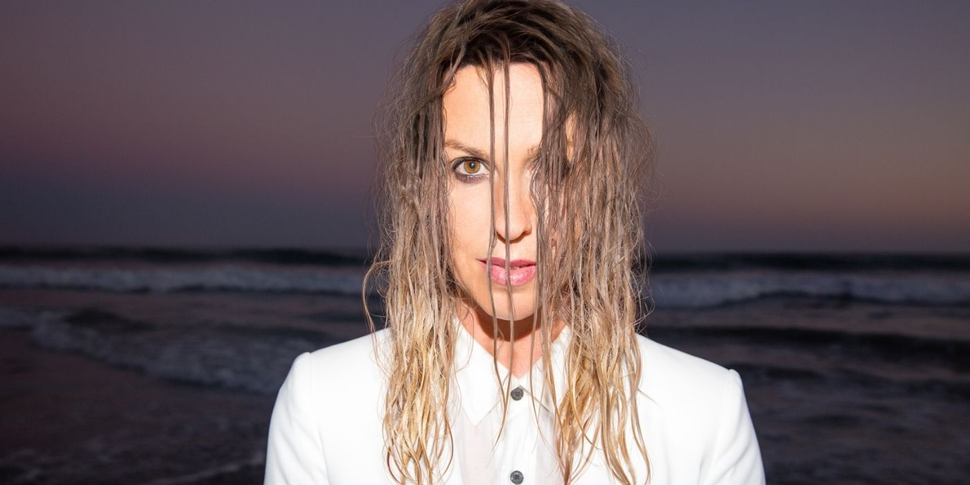 Fans Have This One Criticism Of Alanis Morissette