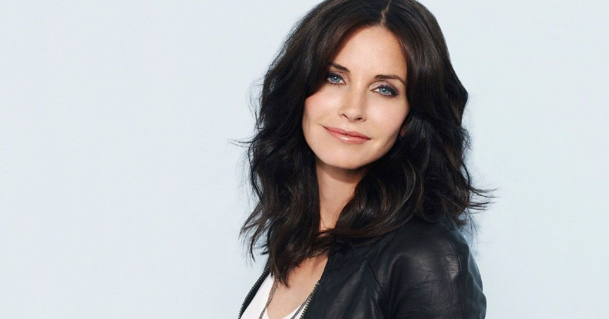 Fans React As Courteney Cox Transforms Into A Man For An Epic Video Message