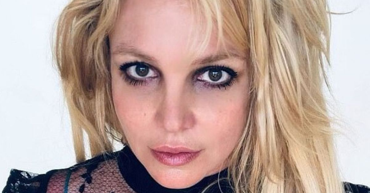 Britney Spears Fans Worry For Her Safety After Another 'Cryptic Post'