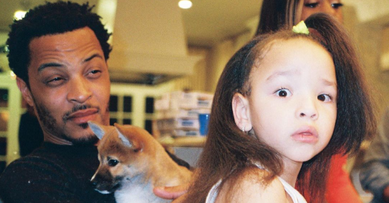10 Celebs Who Had A Baby Before They Turned 21
